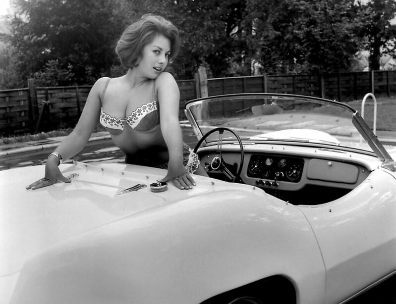 Leslie car on nude authoritative