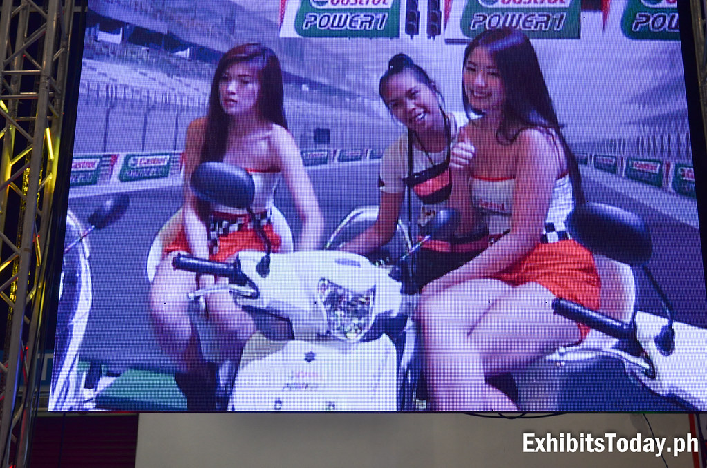 Christine Grace Co and Mikee Agustin at Castrol PhotoBooth LED Wall Screen