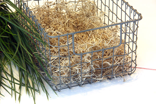 Do_Fill-Basket-with-Hay