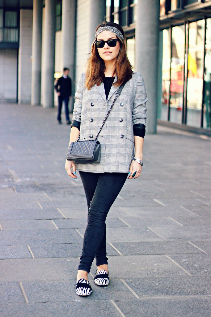 Urban Outfitters grey blazer the little magpie