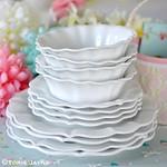 Pretty plates & bowls