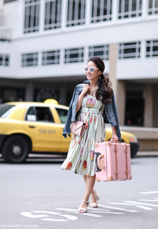 spring summer travel outfit steamline pink suitcase