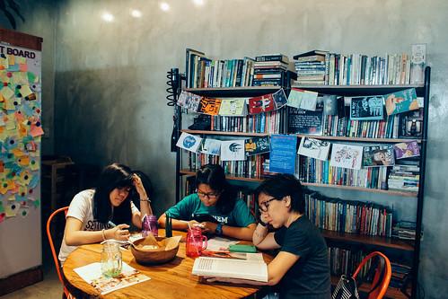 Buku-Buku Kafe