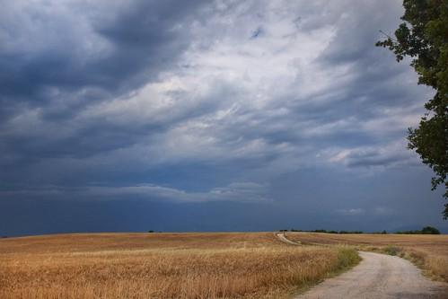 nikon5300 juillet paca provence provencealpescôtedazur alpesdehauteprovence ciel orage