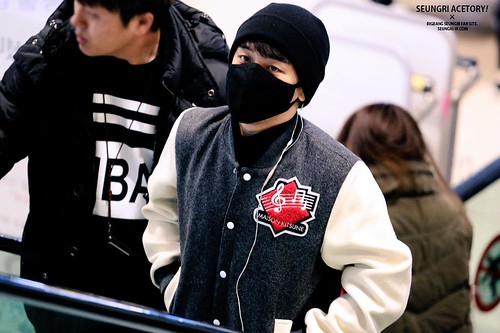 Big Bang - Gimpo Airport - 27feb2015 - Seung Ri - Acetory - 05