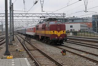 E-loc 1254(Amsterdam Centraal 15-3-2015)