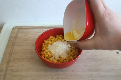 19 - Geschmolzene Butter hinzufügen / Add melted butter