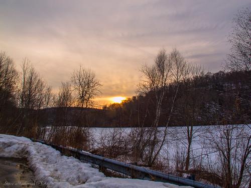 trees winter sunset sky snow mountains clouds canon evening powershot guardrail wintertime paintedsky g12 monksville monksvillereservoir smack53