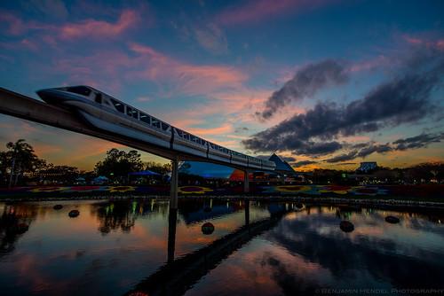 sunset sun reflections orlando epcot warm unitedstates florida disney clear disneyworld monorail waltdisneyworld freshepcot