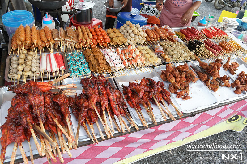 satun kite festival food stall