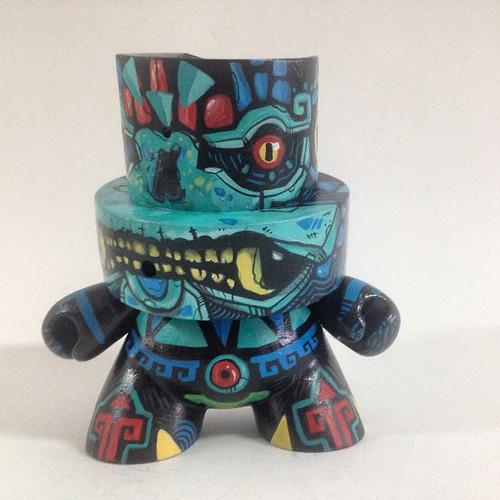 #fatcap #frankmysterio #custom #kidrobot #VinylAzteca #cluttrrgallery #custom #handpaint
