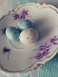 Easter | Speckled Robin Eggs | Vintage Saucer