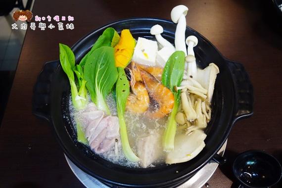 菇菇茶米館火鍋 (10).JPG