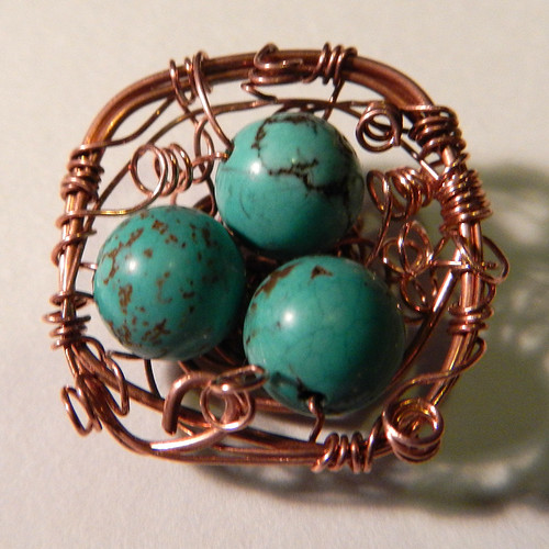 making a copper nest out of wire