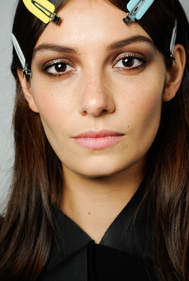 beauty7 Roberto Cavalli SS 2015 Fashion Show backstage (78)