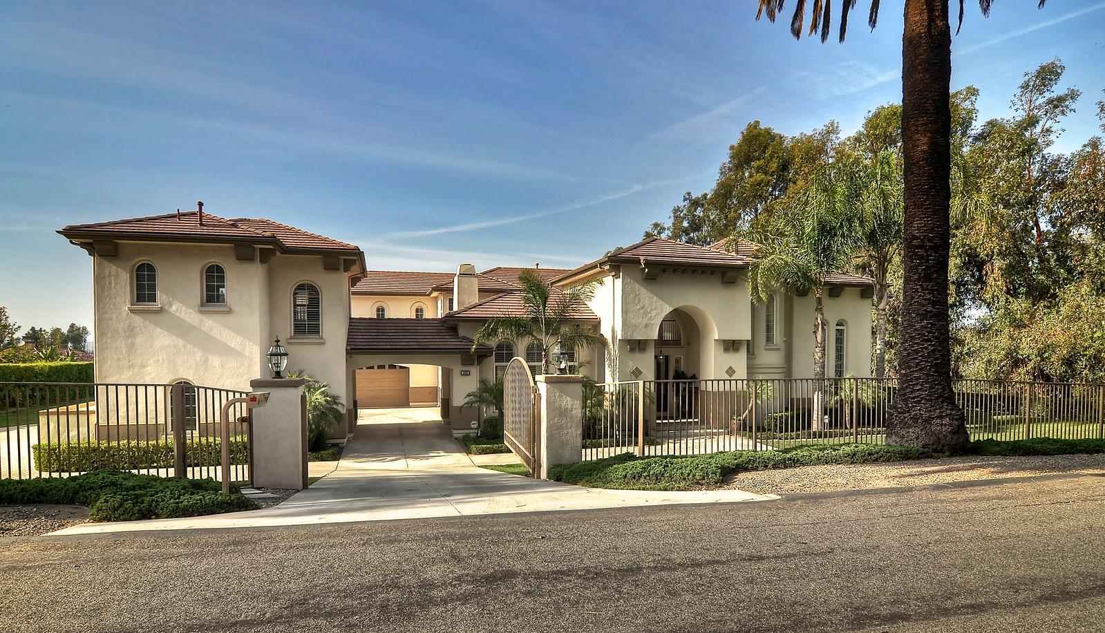 420 S Peralta Hills Drive, Anaheim Hills