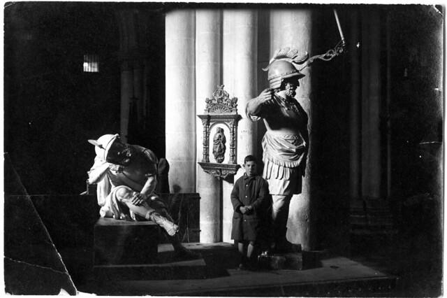 Monumento de semana Santa en Toledo obra de Ignacio Haan. Fotografía Rodríguez. Archivo Histótico Provincial, JCCM signatura 35_somp_010