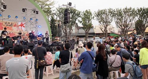 搖旗吶喊音樂節辦了第七年,結合青年創意和議題,形塑在地特色。攝影:李育琴。
