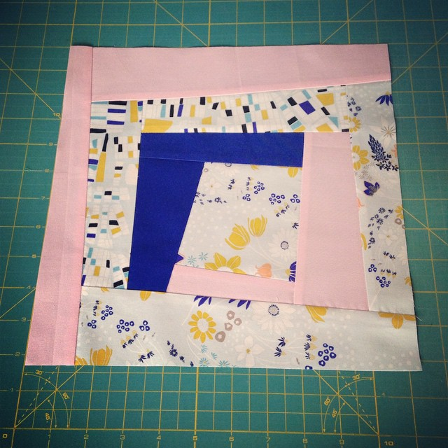 Wonky log cabin block for @kakeym! #beeeuropa I hope this is ok! I have quite a lot of your fabric left - would you like a second block with some of my own scraps added or shall I send you the scraps back with your block?