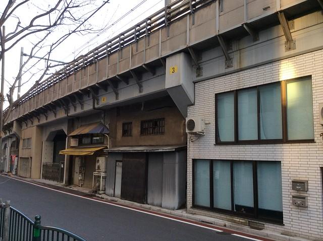 浅草橋駅高架下建築 (4)