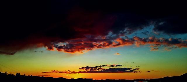 Là dove la natura decide di collocare i propri limiti, esplode lo spettacolo. I tramonti.