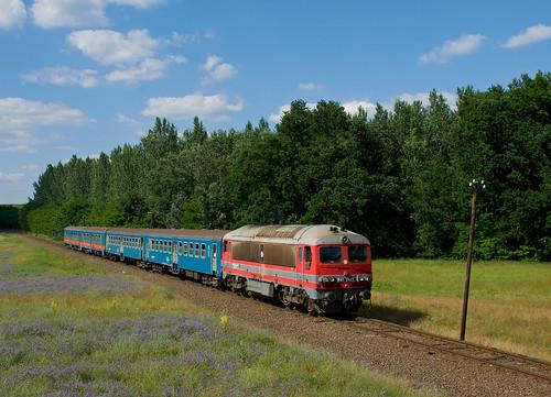 landscape rail railway máv vonat vasút mozdony lajosmizse csörgő személyvonat m412143 418143