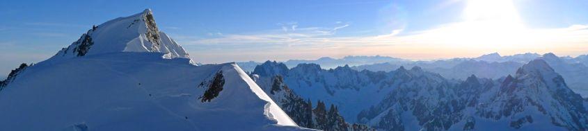 Skitour Montblanc. Blick zurück vom Col Brenva auf den Mont Maudit. Foto: Günther Härter.