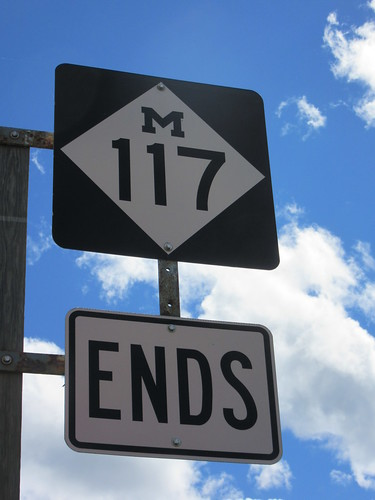 endsign endsigns stateroutesign stateroutesigns stateroute117 usa highwaysign roadsign end ends michigan midwest 117