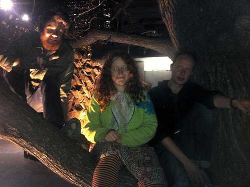 OO Tuesday #5: Troy, Sara & me in the tree