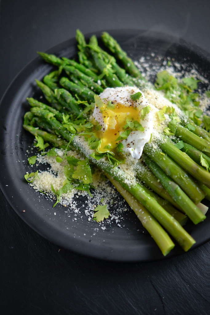 Asparagus with Poached Egg | Things I Made Today