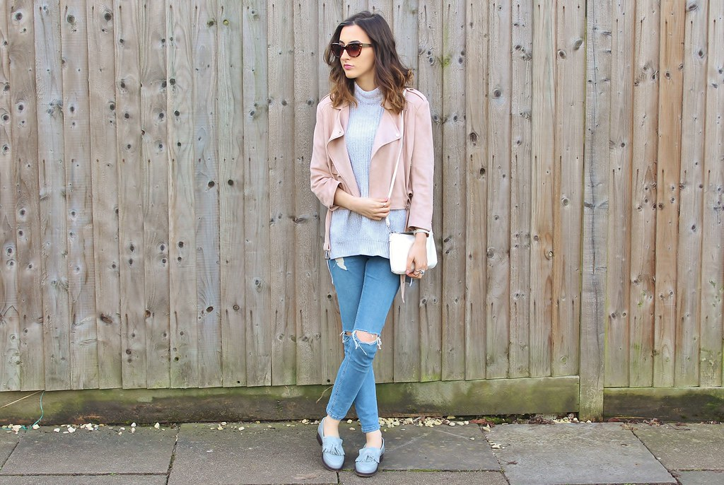 CASUAL PASTELS