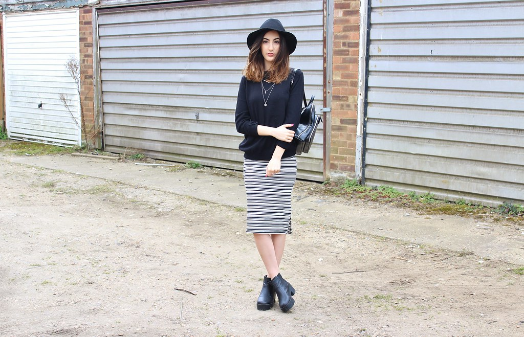 LAYERED STRIPE OOTD