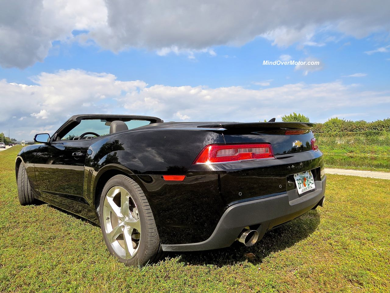 2015 Chevrolet Camaro Convertible Rear Angle Roadside 1