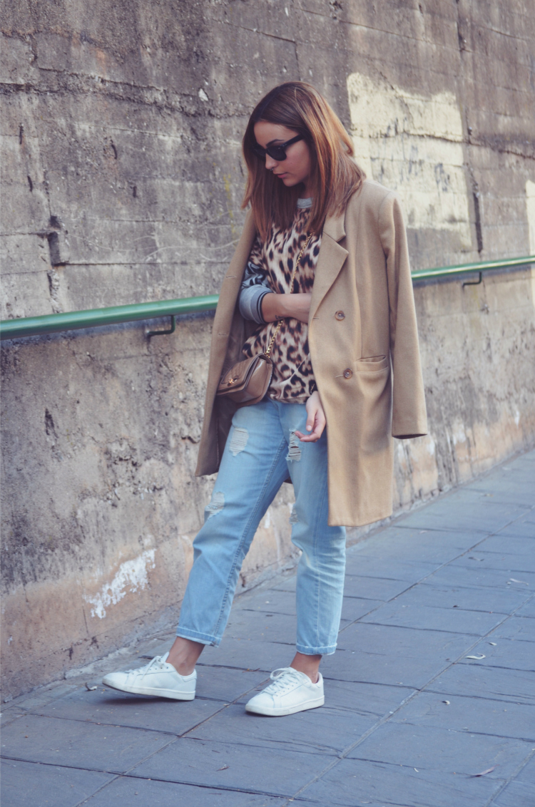 http://www.miquintaavenida.com/2015/03/leopard-camel.html
