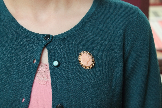 pink and teal retro outfit via lovebirds vintage