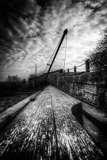 Dam Crane
