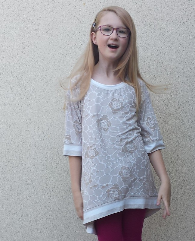 Perri Pullover in jacquard knit from Super Cheap Fabrics.  Tessuti stripe for bands.
