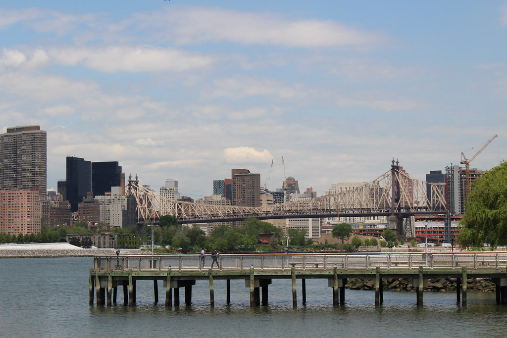 Also known as the 59th Street Bridge – because its Manhattan end is located between 59th and 60th Streets. It connects our neighborhood with Manhattan, passing over Roosevelt Island.