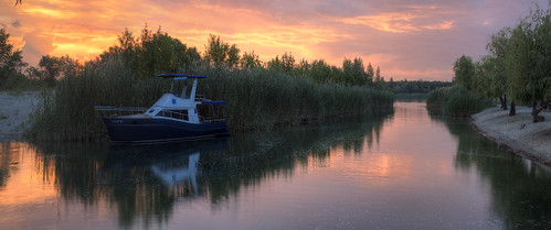sergeyponomarev canon 70d nature natura ef24105f40l landscape paysage paesaggio sunset night evening river reflections boat grass flow sholokhov color hdr highdynamicrange clouds sun don volgodonsk rostov russia south sud summer lestate trees panorama сергейпономарев 2016 июнь лето природа закат вечер дон шолохов панорама россия юг лодка деревья река вода облака june travel tourism europe путешествия туризм европа