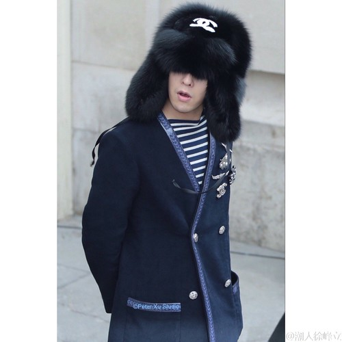 G-Dragon Chanel Haute Coutoure at Grand Palais Paris 2016-01-26 cr on pic (29)