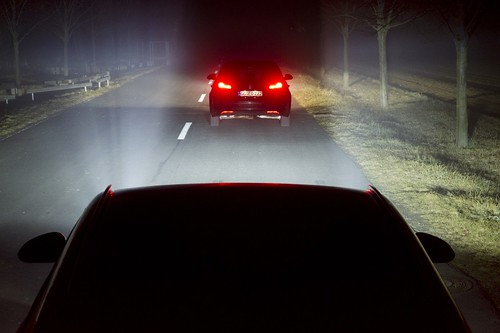 Vorausfahrender Verkehr - LED Matrix-Licht von Opel