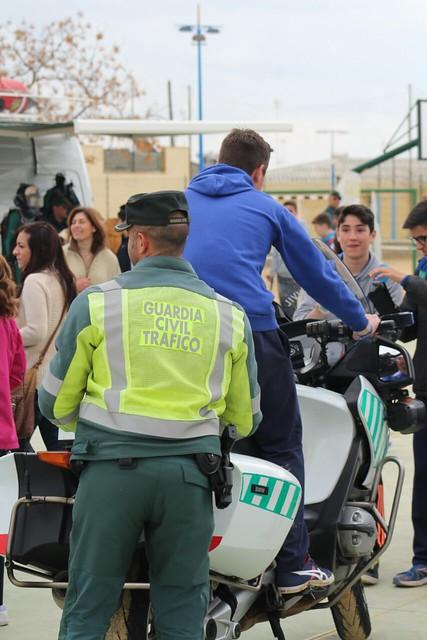 AionSur 16301148993_b7b5eef44e_z_d 7 destacamentos de la Guardia Civil que trabajan en la comarca por la seguridad de la población Educación Guardia Civil en colegios