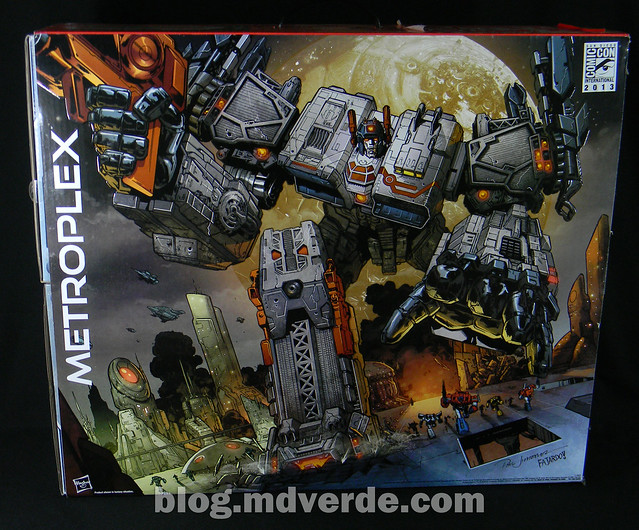 Transformers Metroplex - Generations Titan SDCC Exclusive - caja