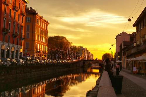 L'acqua del #Naviglio #color #tramonto by Ylbert Durishti