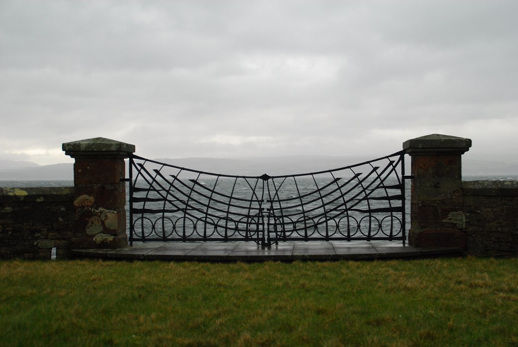 Gates to the River Clyde