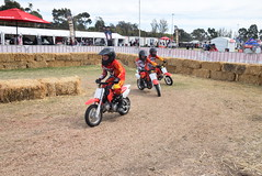 bicycle motocross(0.0), endurocross(0.0), racing(1.0), enduro(1.0), vehicle(1.0), sports(1.0), race(1.0), motorcycle(1.0), motorsport(1.0), off-roading(1.0), motorcycle racing(1.0), extreme sport(1.0), motorcycling(1.0), motocross(1.0), stunt(1.0),