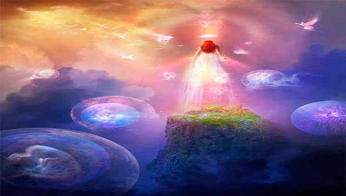 Imagen representativa de los cursos online a través de skype, una mujer flotando en el universo de la metafísica