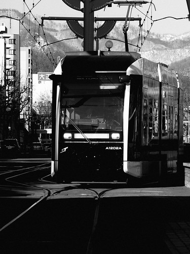 Tramcars at Susukino, Sapporo on APR 09, 2015 (14)
