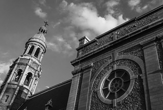 Montreal church B&W