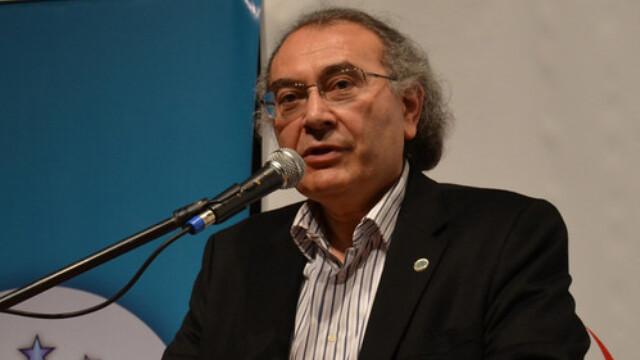 Rektör Tarhan Bursalı ailelere 'Zararlı alışkanlıklardan korunmada ailenin önemini' anlattı